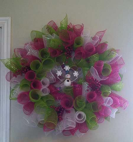 Wreath made from mesh